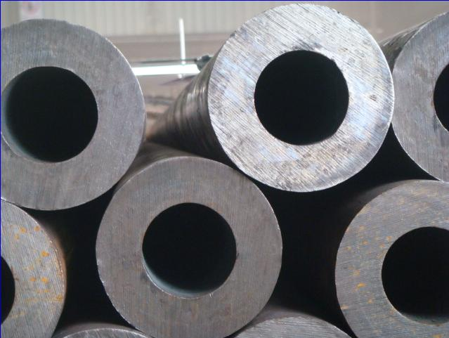 10CrMo9-10 11CrMo9-10 12CrMo9-10 Alloy StahlrohreCrMo9-10 11CrMo9-10 12CrMo9-10 Alloy Stahlrohre