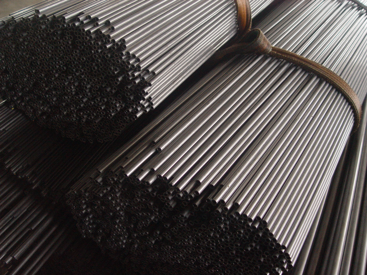 china  Seamless and Welded steel tubes for automobile mechanical and general engineering purposes  for sale